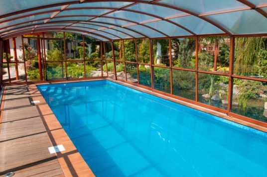 Regent High Level Pool Enclosure