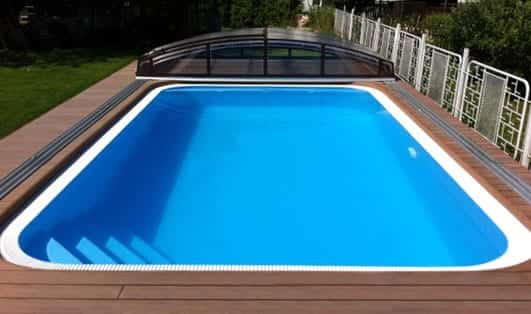 Smooth rectangle one-piece polymer Overflow Pool
