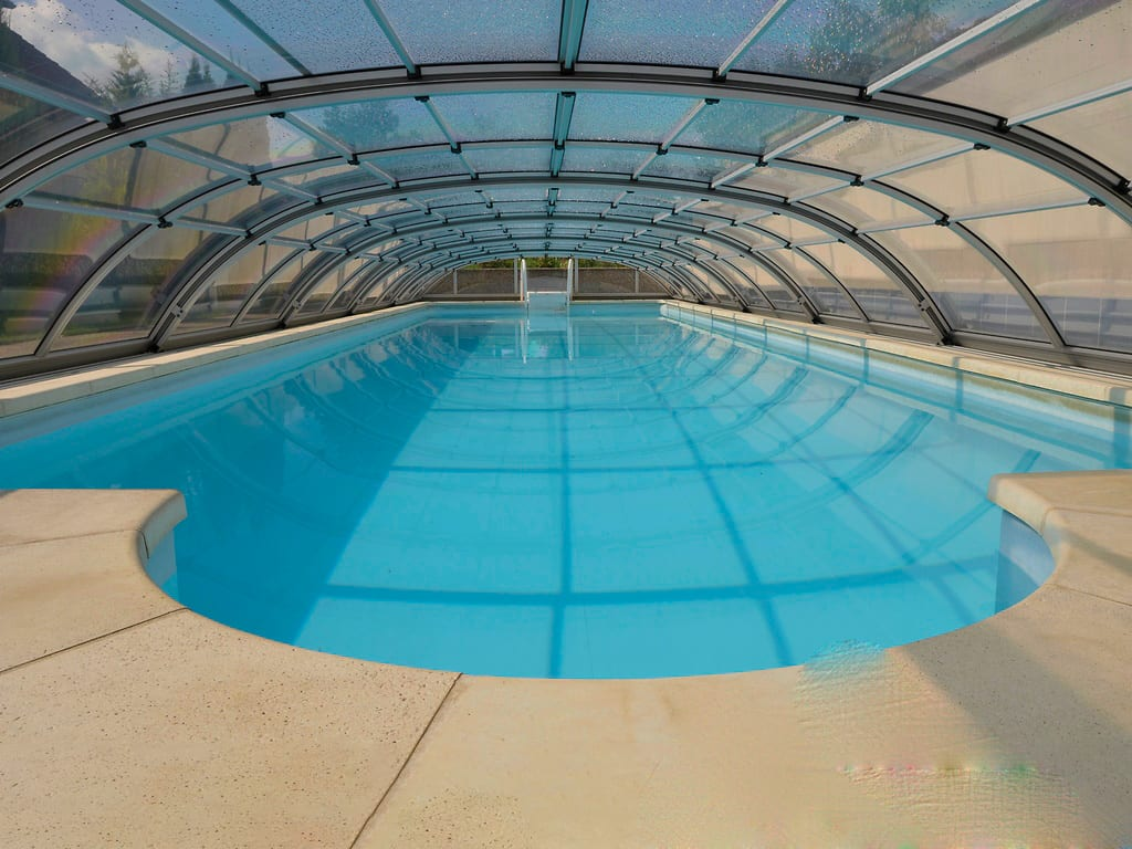 Dallas B Telescopic Pool Enclosure Silver Or Grey Frame For Pool Size 8m X 4m