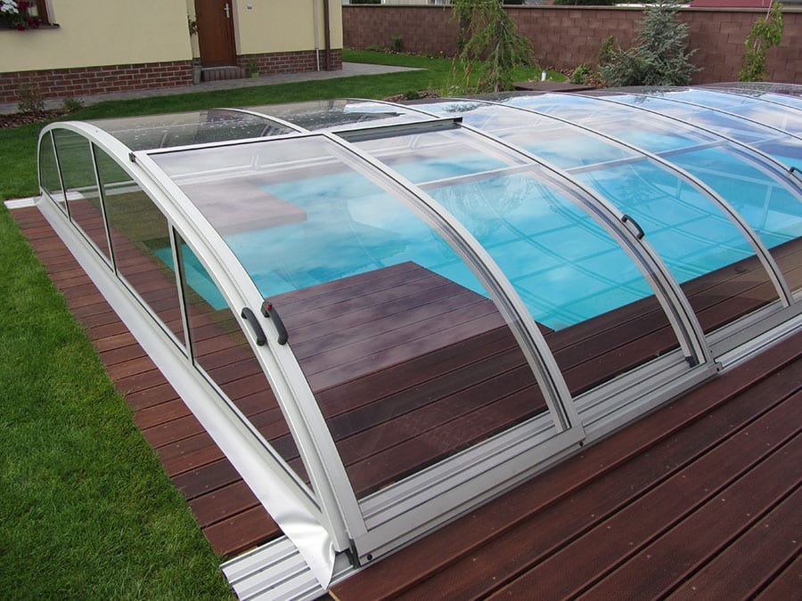 Profound telescopic swimming pool dome