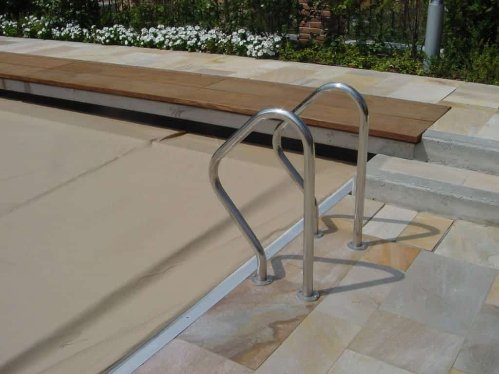 Pool Debris & Safety Cover g18
