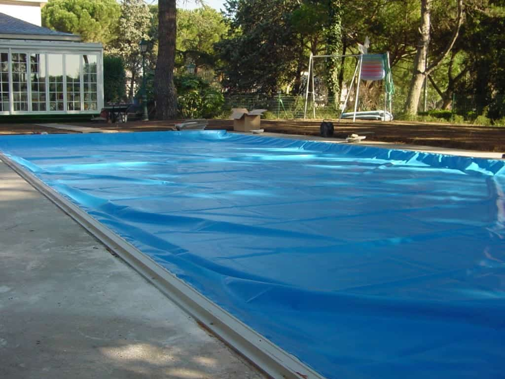 Pool Debris & Safety Cover g6