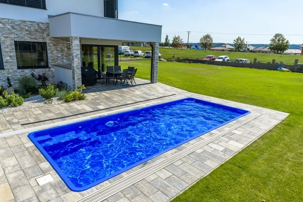 Coral GEMINI Glass Composite Pool 2