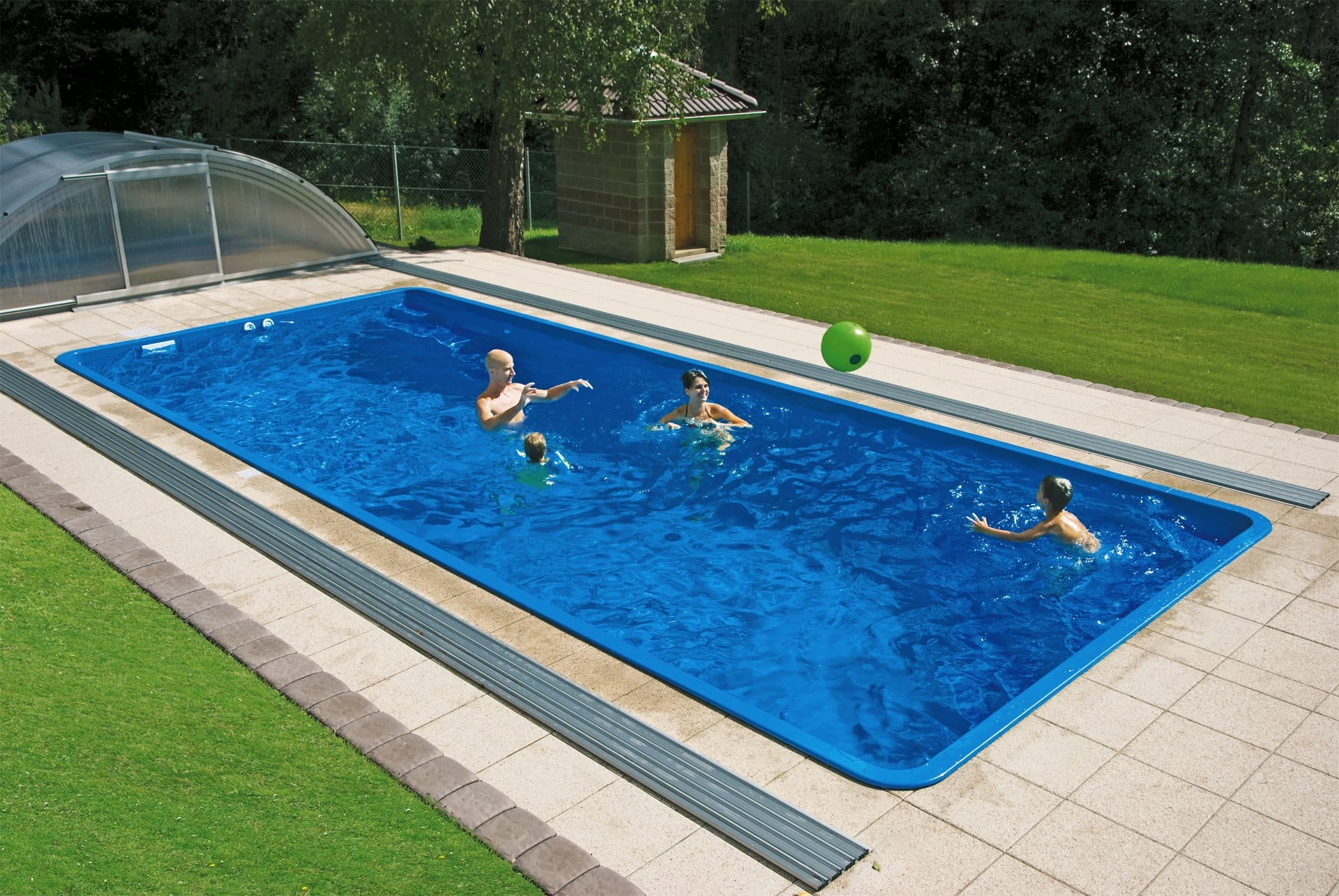 Coral Fenix Glass-Composite Pool
